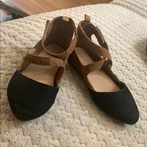 Kids girls old navy black and brown sandals